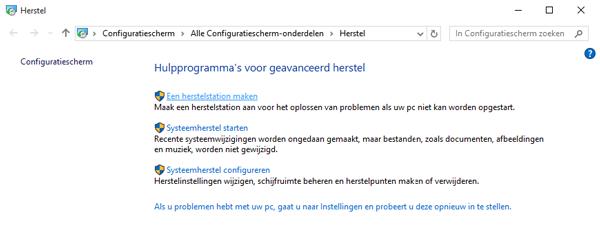 Selecteer nu de bovenste optie 'Een Windows 10 Herstelstation maken'.